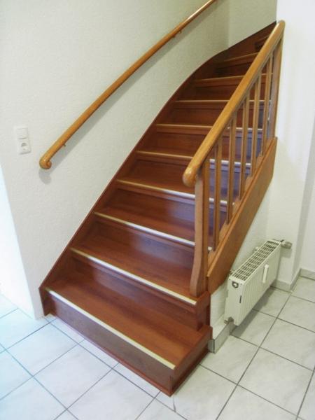 professionelle treppenrenovierung auf steintreppen. Black Bedroom Furniture Sets. Home Design Ideas