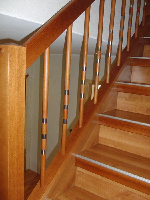 Treppengeländer Streichen Holz das treppengeländer bei einer treppenrenovierung